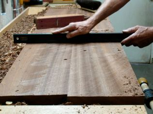 Leveling across the width with Scrub Plane