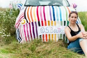 yarnbombing car - fiat 500 - voiture tricotée - par Woola Oops