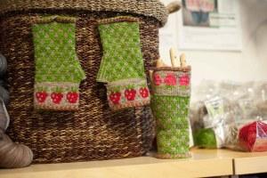 Knitting bee - Rose City Yarn Crawl-4