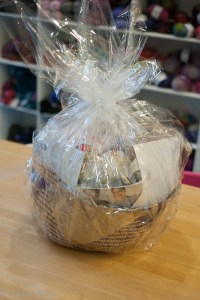 Little Lam and Ewe - basket prize
