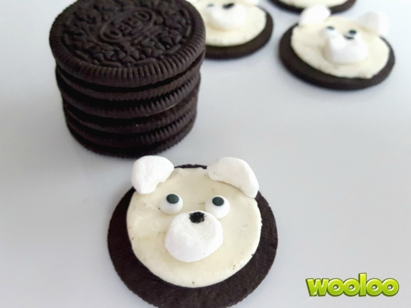 Ours polaire avec des Oréos Wooloo
