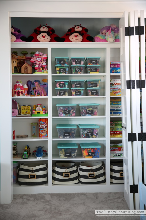Kids Walk In Closet Playroom