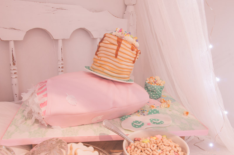 Gâteau oreiller rose pour party pyjama