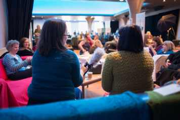 Lush on the couch with Karie Bookish at EYF 2015