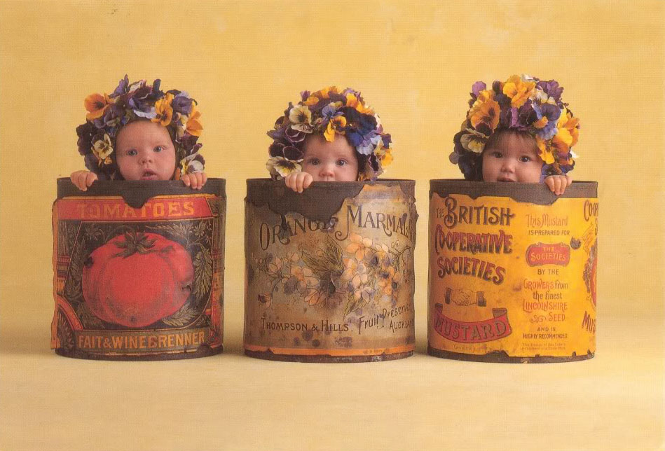 anne geddes babies11 Babies Come as Three Angels by Anne Geddes