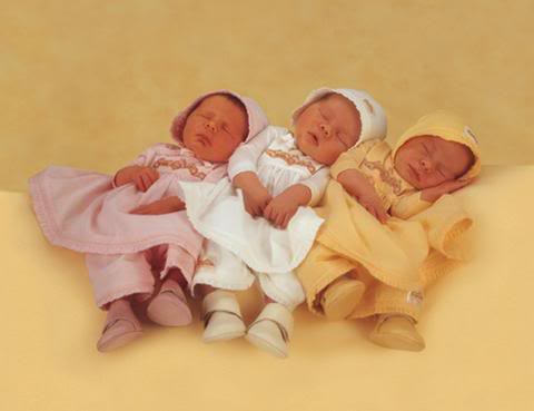 anne geddes babies12 Babies Come as Three Angels by Anne Geddes