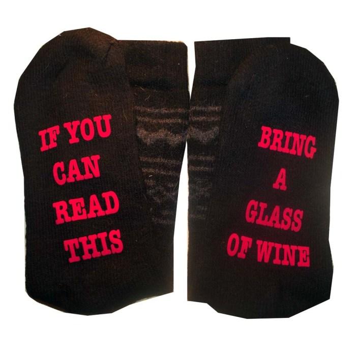 sokken met opschrift