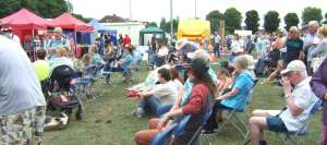 eb4f8 wads stock buskers audience