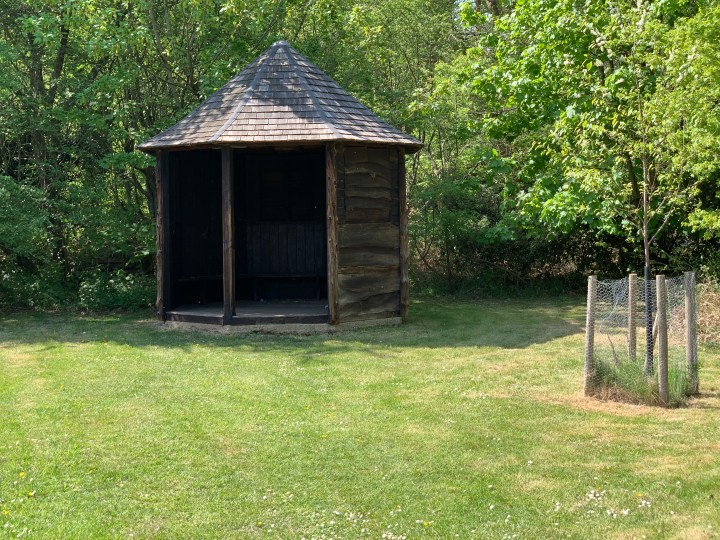 wootton parish bus hut w