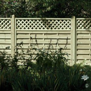 Horizontal Lattice Top Fence Panel 6ft x 5ft