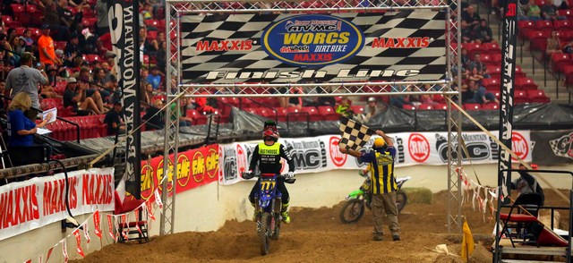 2016b-03-blayne-thompson-win-worcs-racing