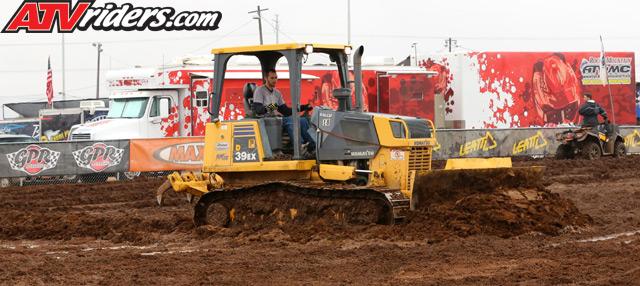2013-01-start-dozer-mud_2305