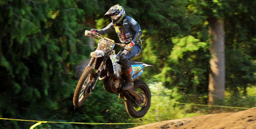 2019-08-thad-duvall-jump-bike-worcs-racing