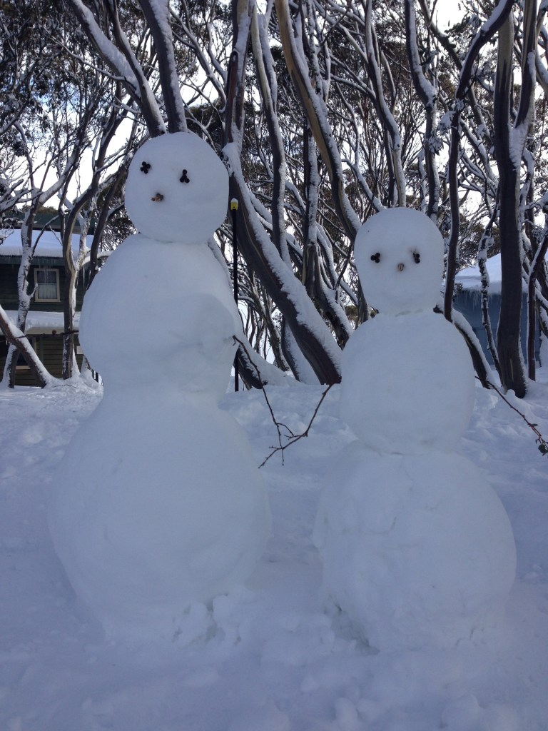 A frosty snowman couple
