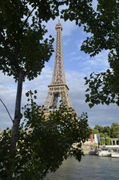 I HEART THE EIFFEL TOWER!
