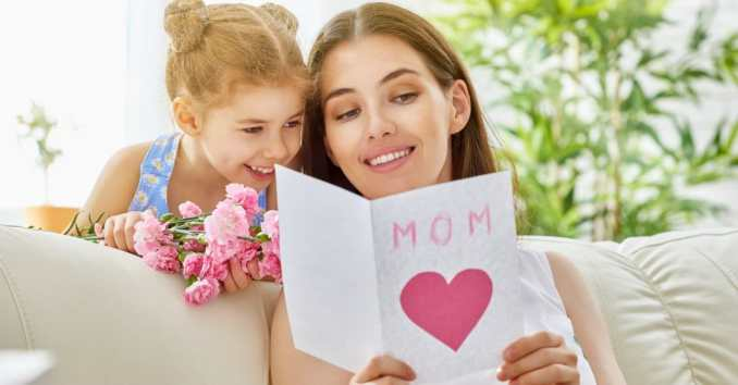 35 Ways to Say Happy Mother's Day to a Friend