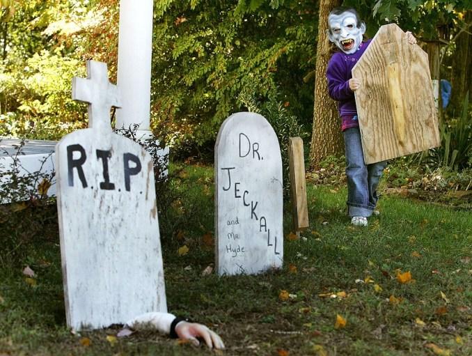 Halloween Tombstones Names