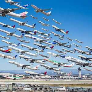 Amazing images of Air Traffic around the World