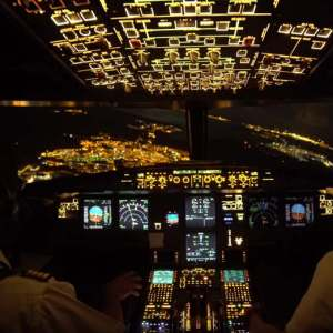 Night Landing - Cockpit view