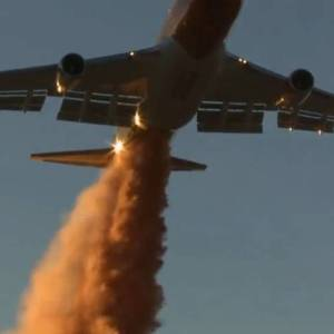 World's Largest Firefighting Airplane - video