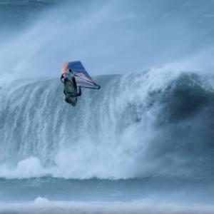 Windsurf Storm Chase