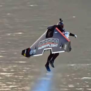 Jetman Dubai Takeof