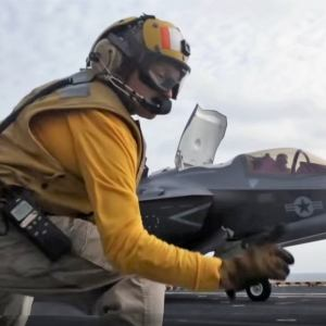 F-35 showing its insane capability during Vertical Take-Off