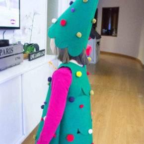 Жаңа жылдық қызға арналған костюм DIY фотосы 38