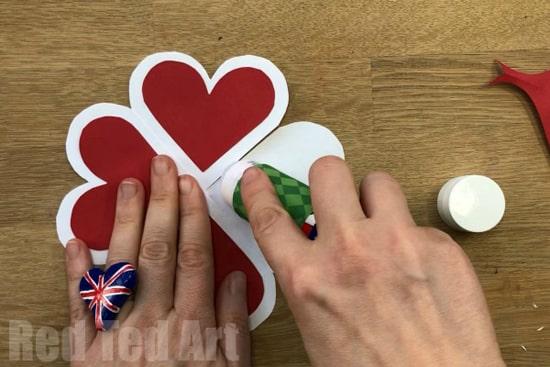 как сделать объемное сердце из бумаги фото 028