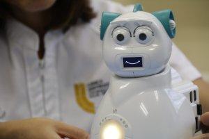 Robot Aisoy EMO para niños con Autismo