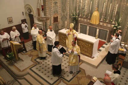 The Roman Rite was officially introduced at the church of Our Lady of the Assumption and St Gregory, Warwick Street, London, on Thursday 10 October