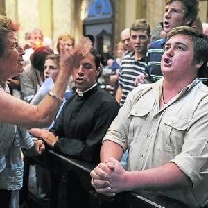 Un groupe de catholiques traditionnalistes se sont installés dans la cathédrale métropolitaine de Buenos Aires