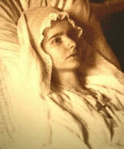 Marthe Robin Sarah Bernhardt