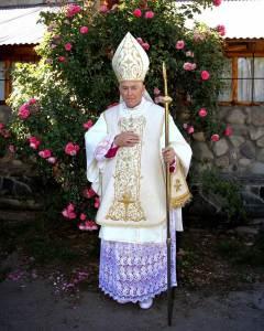 † Monseñor Andrés Morello