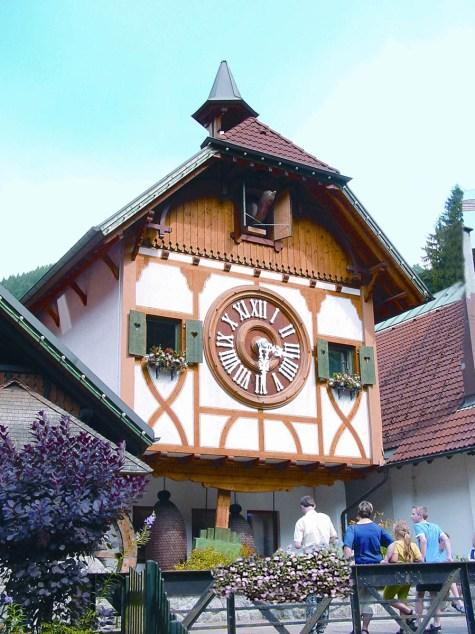 blog-deutsches-uhrenmuseum-weltgroesste-Kuckucksuhren3