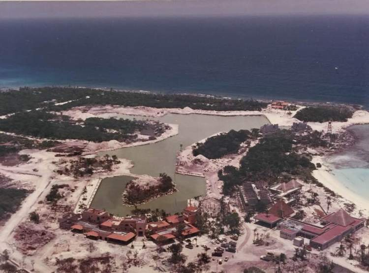 old puerto aventuras 3