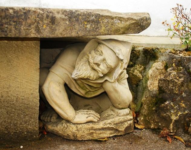 statue-277665_1920
