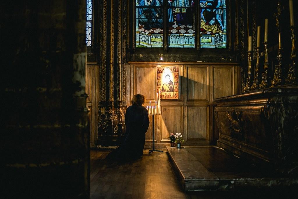 pray, church, kneeling