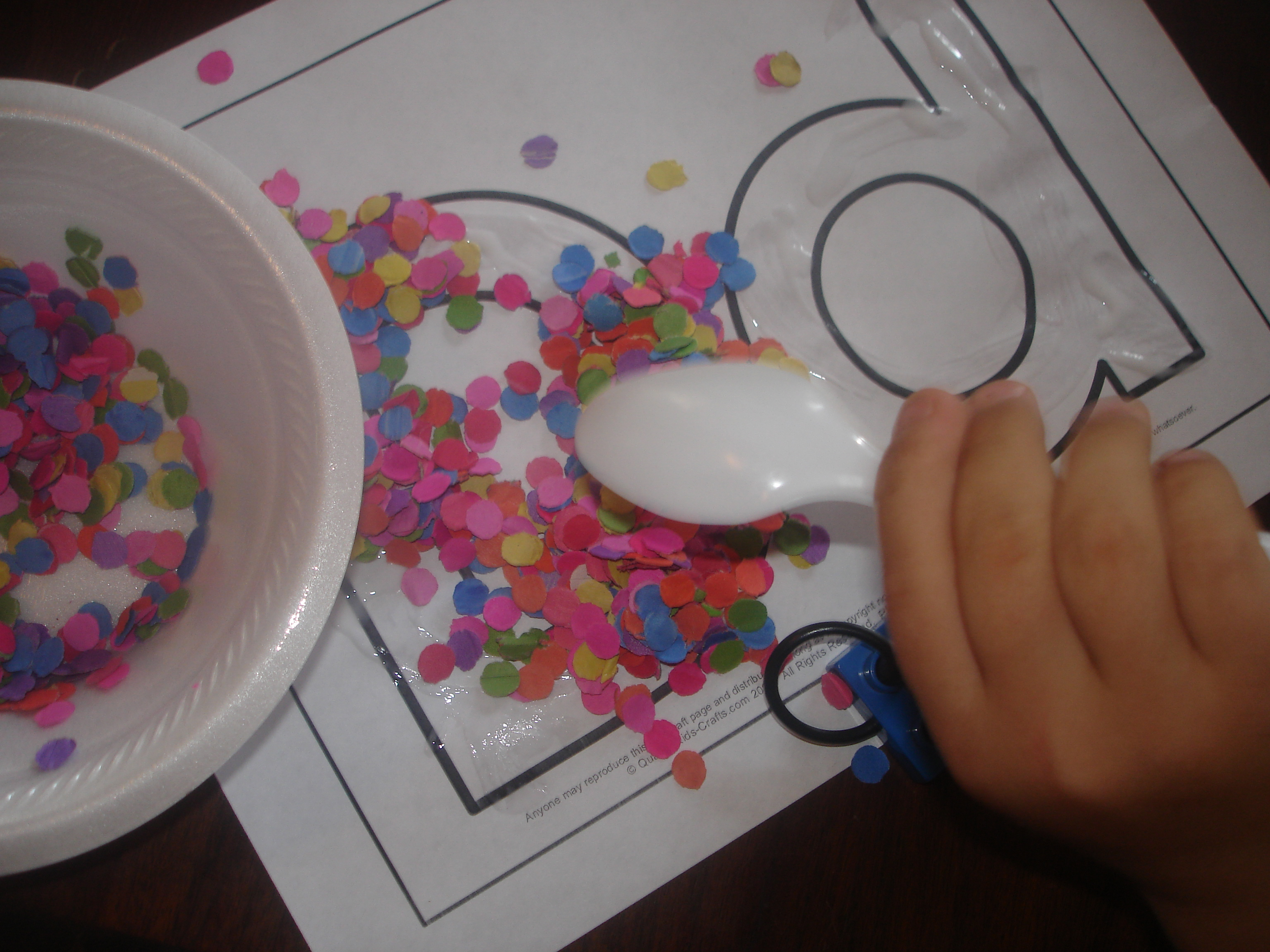 D Is For Dots Modified Glue Scatter And Shake Activity