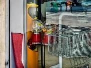 Candy dispenser40x30 cm16x12 in25'00 Eur.