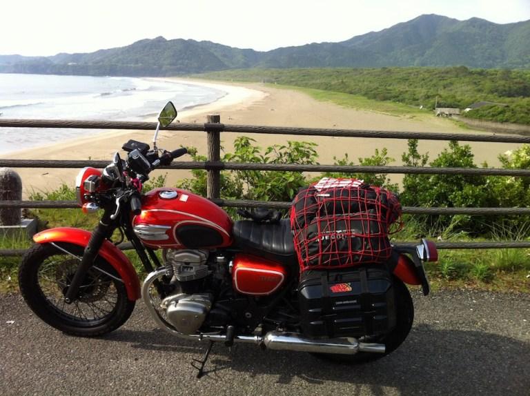 A l'extrémité de Shikoku, le Pacifique.