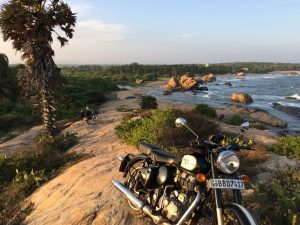 sri lanka; royal enfield; road trip ; moto
