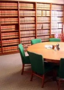 Library_legal_bookshelf_238770_l