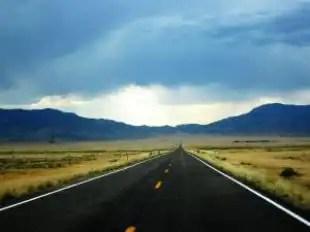 Street_desert_mountain_271063_l