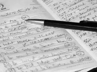 Note_desk_paper_237717_l