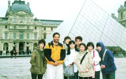 with Japanese students on homestay trip to France/Belgium