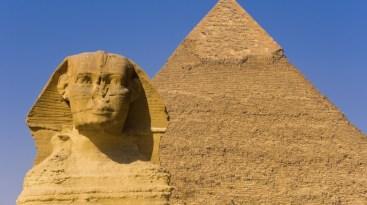 Egyptian Pyramids (2950 B.C.)