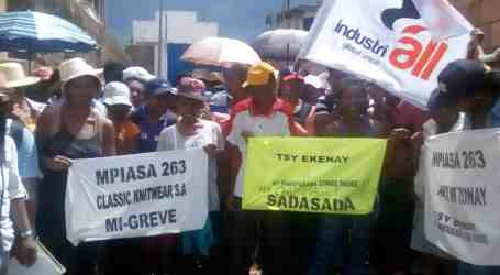 Textile workers remain with no jobs, no pay in Madagascar