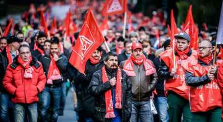 German metalworkers' union launches mass strikes for wage rise and reduced hours
