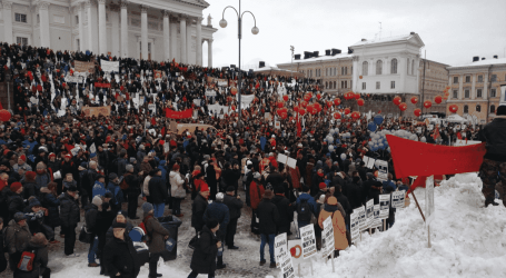 Finland: 10,000 people protest against government slashing unemployment security